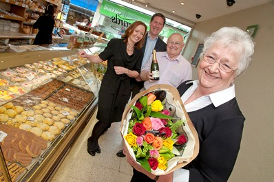 Gloria Davies celebrates forty years at Gerrards Bakery. Pictured is Gloria Davies with Dawn and Dirk van Rensburg and Albi Davies.